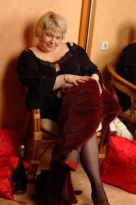Мадам Кураж (47 лет) – девушка на час ( Казань, Центр)