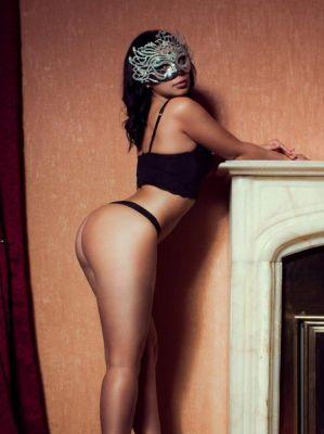 Зрелая проститутка Вика, 8 967 460-32-02