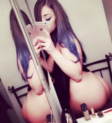 Красивая проститутка (21 лет), работает в Казани (Московский)